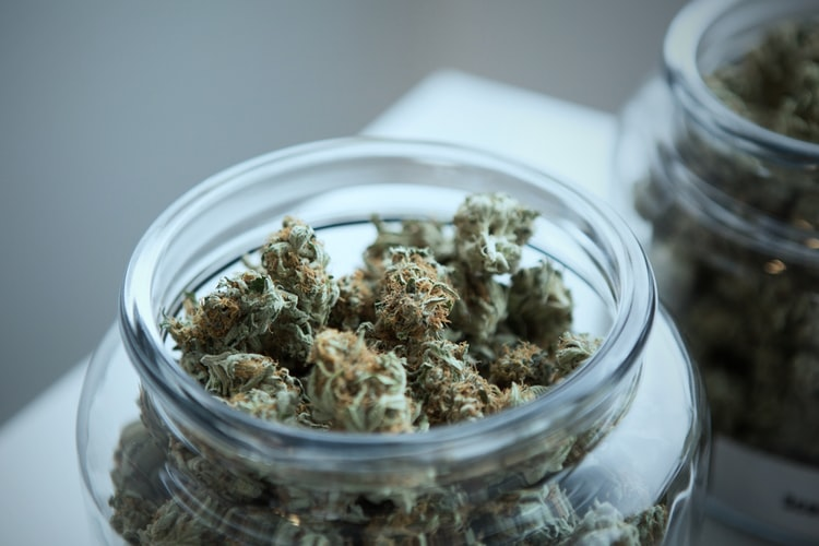 legal-weed-sales-in-illinois-total-nearly-$11-million-in-just-5-days